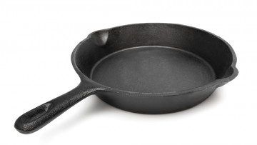 How to Properly Clean Your Pots and Pans